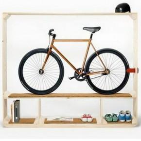 Полка для книг, обуви и… велосипеда?