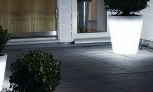 Уличный фонарь-горшок