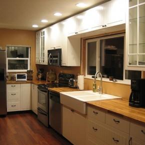 Кухни Икеа в интерьере - фото каталога кухонь 2012 и цены.