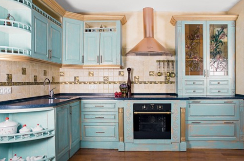 Дизайн угловых кухонь с окном фото