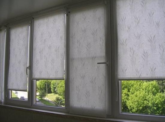 шторы для балкона на фото