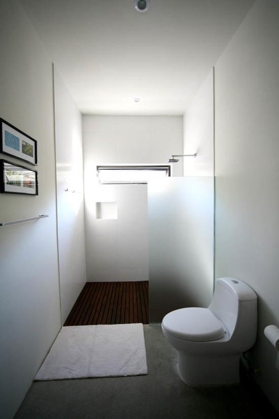 interier-malenkogo-tualeta-04