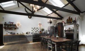 Дизайн интерьера кухни в готическом стиле