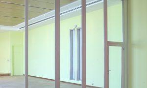 Делаем стеклянные перегородки в квартиры