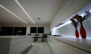 Подсветка на кухне из светодиодов