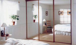 Применяем зеркальные панели в интерьере