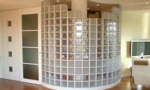 Используем стеклоблоки в квартире