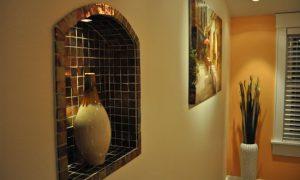 Интерьеры комнат с нишей в стене