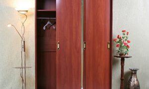 Шкафы купе в интерьере комнат