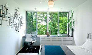 Узкая спальня: фото идеи дизайна