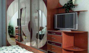 Спальня с угловым шкафом купе: фото варианты интерьера