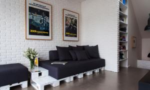 Белый кирпич в интерьере: кухни, гостиной, прихожей и спальни