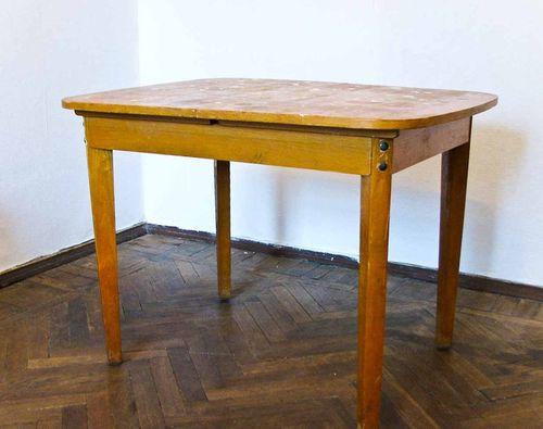 dekor-kuxonnogo-stola_5