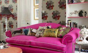 Диваны разных цветов в интерьере комнат