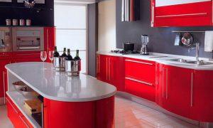 Используем красные кухни в интерьере