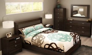 Как устроить длинную узкую спальню
