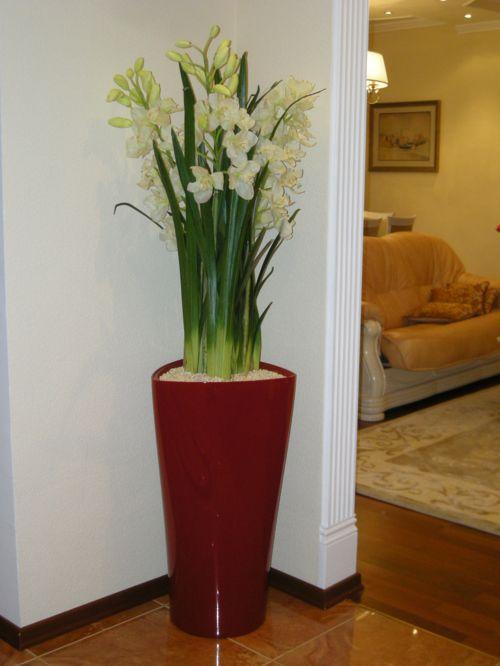 iskusstvennye-cvety-v-interere_10
