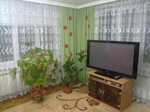 iskusstvennye-cvety-v-interere_12
