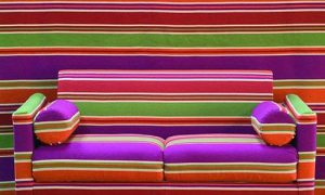 Продумываем полосатый интерьер комнат квартиры