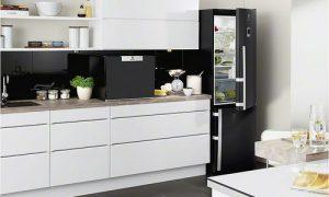 Как вписать холодильник в интерьер кухни