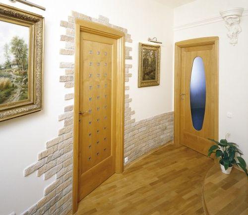 koridor-dekorativnym-kamnem_3