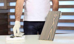 Брашированная древесина среди предметов интерьера