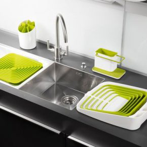 Какие бывают сушки для посуды в шкаф