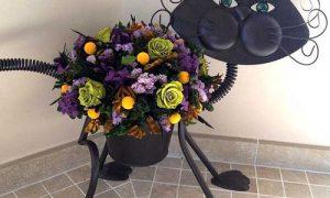 Как выбрать и использовать оригинальные интерьерные вазы