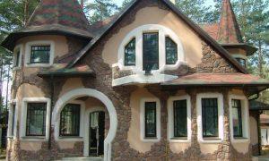 Варианты красивой отделки фасада дома из различных материалов
