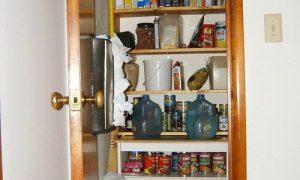 Идеи планировки кладовки в маленькой квартире
