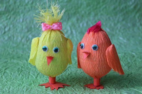 Пасхальные цыплята из гофрированной бумаги