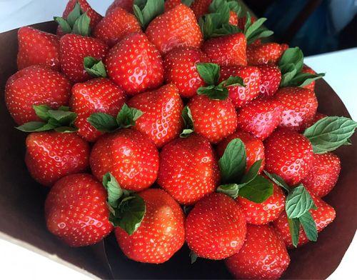 Как сделать фруктовые букеты фото пошагово 13