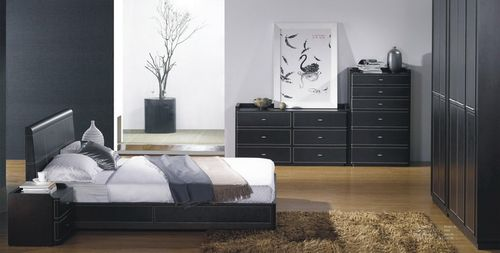 Спальня в цвете венге с черным оттенком