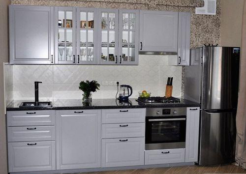 Белое исполнение кухонного гарнитура