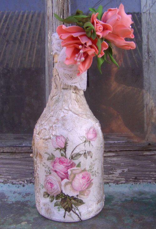 Бутылка в стиле шебби-шик