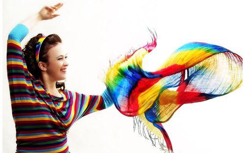 Яркие цвета действуют возбуждающе
