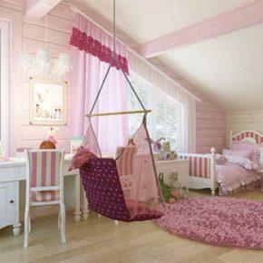 Дизайн просторной детской комнаты на мансардном этаже коттеджа