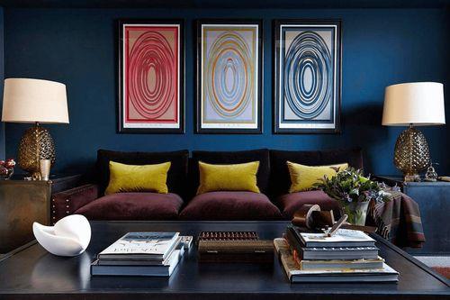 Дизайн зала в цвете индиго