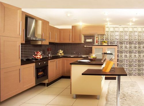 Кухня в ярком цвете