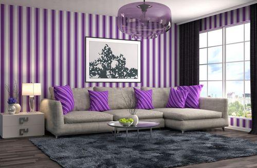Сиреневая полосатая гостиная
