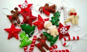 Идеи как сделать новогодние игрушки из фетра