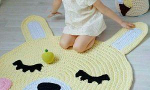 Как сделать вязаный коврик: популярные схемы и способы